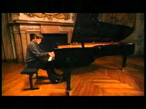 Michel Béroff plays Ravel Scarbo Gaspard de la nuit 1 of 2  (NHK Super Piano Lesson)