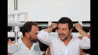 """""""Oh Salvini chiudi le frontiere!"""""""