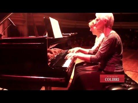 NELINHA PATERNO E GLÓRIA MACHADO - APANHEI TE CAVAQUINHO  ( PIANO A QUATRO MÃOS)