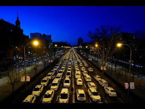 Taxi drivers protest against hailing aps in Madrid | LIVE