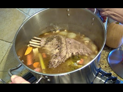 Bone Broth for Healthy Families