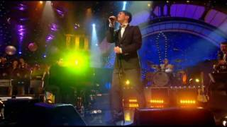 Скачать Sam Sparro Black And Gold Live Jools Hootenanny HIGH DEFINITION