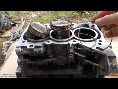 What is Oil piston ring purpose in car engine