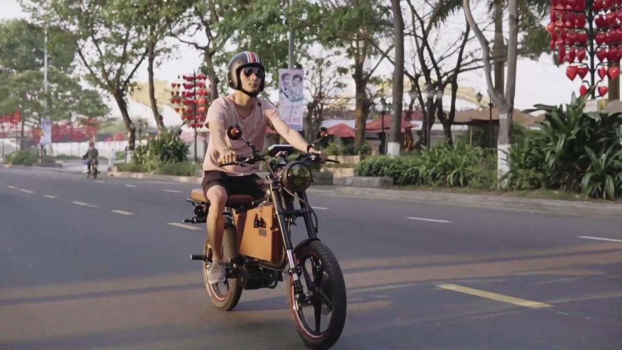 Hello Dat Bike Weaver - YouTube