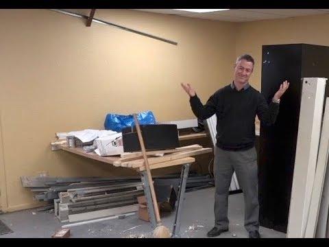 telekinesis light bulb experiment, chi energy demonstration from Sean McNamara