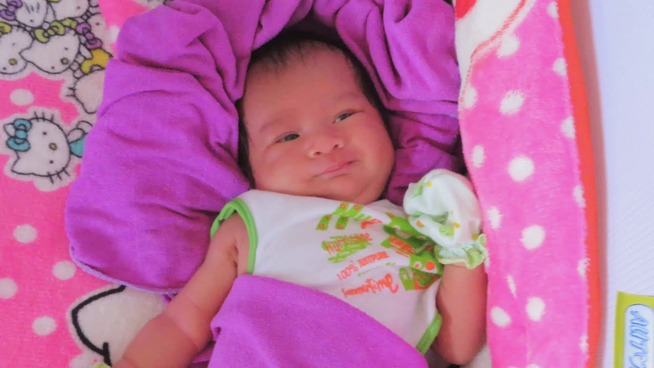 Mony Reach Cute Baby Video With Relaxing Sleep Music