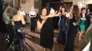 Larisa Chirodea Band - De trei zile stau si beau