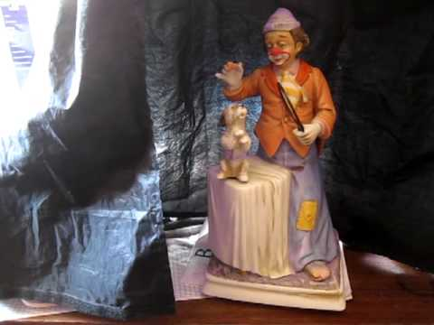 vintage Melody in Motion music box by WACO--Clown with dog--BINGO