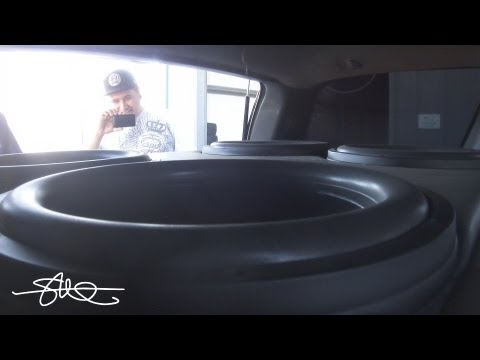 "WOOFER PORN 30,000 Watt Car Sound System BASS DEMO 4 18"" Subwoofers"