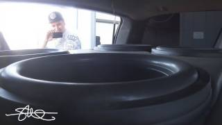 "Video WOOFER PORN 30,000 Watt Car Sound System BASS DEMO 4 18"" Subwoofers download MP3, 3GP, MP4, WEBM, AVI, FLV Oktober 2018"