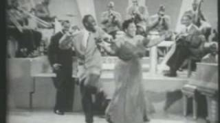 Louis Armstrong & George Washington & Velma Middleton- Swingin' on Nothin' - Swingin on Nothin