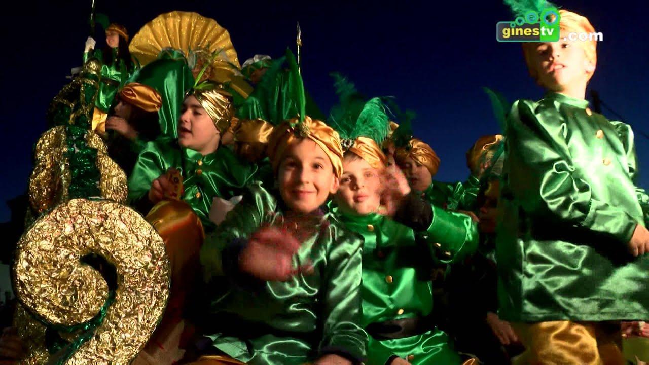 Los Reyes Magos recorrieron Gines en una multitudinaria y espectacular Cabalgata
