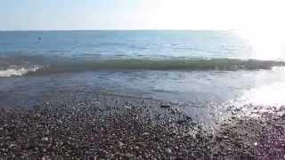 Шторм - Черное море Абхазия (Гагра) и Сочи (Адлер) и(Сильный Шторм на Черное море в Абхазии (Гагра), туристы отдыхают)))nnШторм - Черное море Абхазия (Гагра) и..., 2014-10-26T02:23:35.000Z)