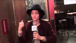 SHAMELESS set interviews: Emmy Rossum & Emma Kenney