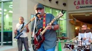 2013年7月15日(月) @那覇市・Cargoes前広場 The island blues...