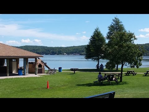 Munising Michigan Upper Peninsula ~ A Wander ~ From Great to TERRIBLE Back to Great Day!