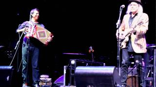"Buddy Miller Patty Griffin ""I Want To Be With You Always"" Cayamo 2011"