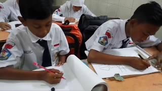 Praktik Gambar Kelas 7A-D SMP Empu Tantular Semarang