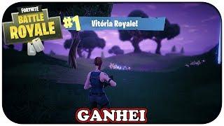 Fortnite Battle Royale - A primeira vitória de muitas, pena que não da baú (Gameplay PT-BR)