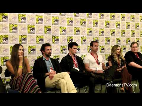 Falling Skies Cast and Crew Q&A ComicCon 2011