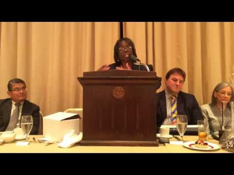 New CBA President Patricia Brown Holmes Accepts the Lincoln Gavel