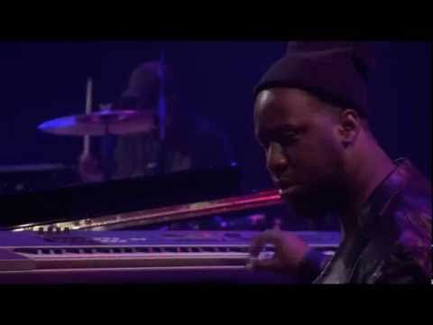 Robert Glasper Experiment LIVE at Itunes Festival - 2012 - Part 1/4