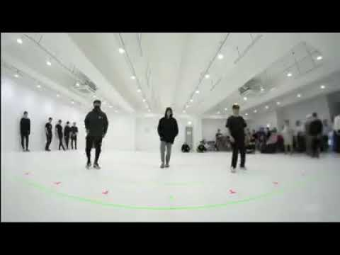 Jungkook begin dance practice