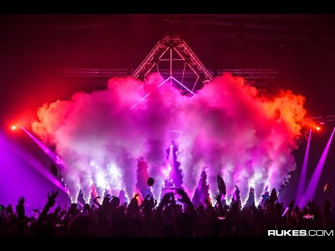 DJ Bl3nd in Turkey with CryoFX® Co2 cryogenic special effect Jets