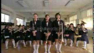 en el primer comercial, ese niño, es miura haruma XD aunque no teng...