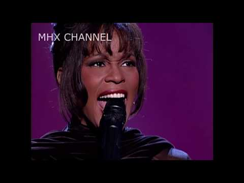 Whitney Houston Sang My Heart Will Go On !!