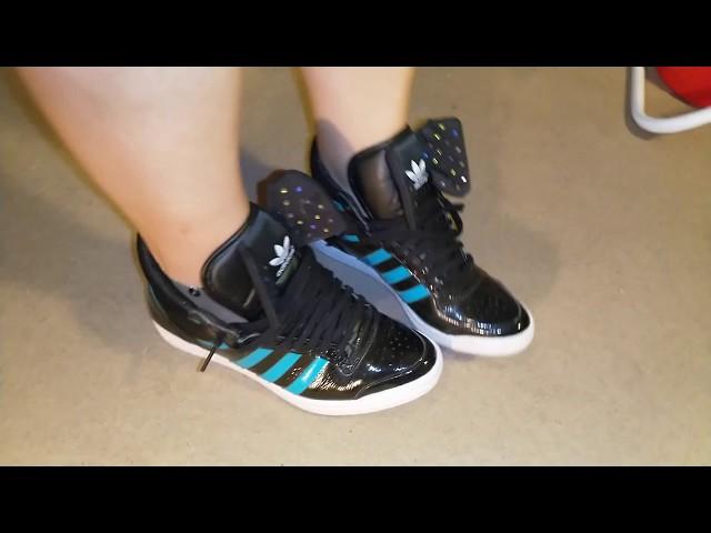 converse shoeplay