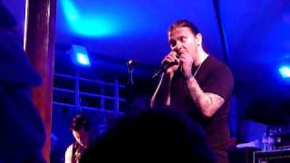 "VH1 Best Cruise Ever - Shinedown - ""45"" April 2010 live concert"