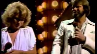 Glen Campbell  and Tanya Tucker - Shoulder to Shoulder