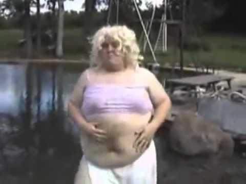 Shakira- Hips don't lie Parody
