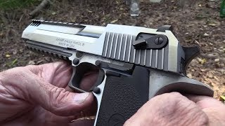 Desert Eagle .50 AE Close-up
