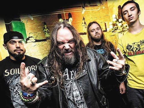 MAX CAVALERA on 'ROOTS' World Tour, KILLER BE KILLED New Album & Lemmy's Death (2016)