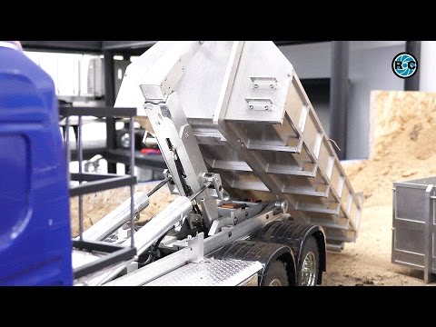 RC Truck technology from Germany ⚠️ Hook lifter and Mobile Crane