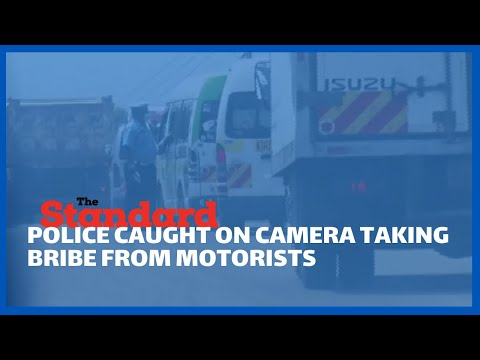 Police manning Isebania-Kisii road caught on camera taking bribe from motorists