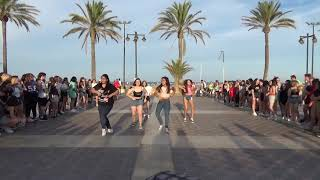KPOP RANDOM DANCE IN VALENCIA (SPAIN) [ BEACH VER]