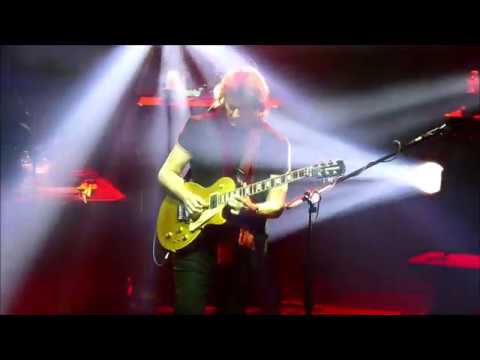 Deja Vu All Over Again Revisited Once >> Steve Hackett Deja Vu Live In Italy 2019 Youtube