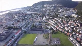 Paragliding flight from Ulriken on a match day!(, 2013-08-12T08:20:20.000Z)