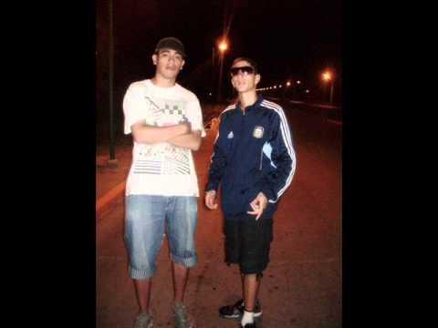 Un error - Alexis de Los Gansters Ft Yami e Ismael del Barrio Rap
