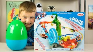 Thomas and Friends Minis Motorized Raceway Playset & Surprise Egg Minis Blind Bags Kinder Playtime