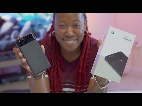 Pixel 2 Unboxing + First Impressions