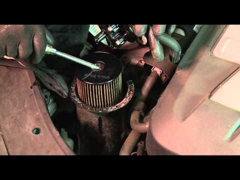 VW Passat 3C5 2,0 TDI. Замена топливного фильтра на дизеле. Замена дизельного фильтра