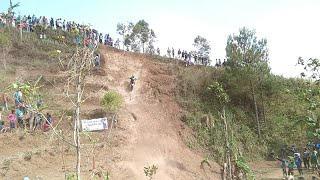 KLX Tahlukan Tanjakan LOKAL Berhadiah Jambore Trail 2 Indonesia