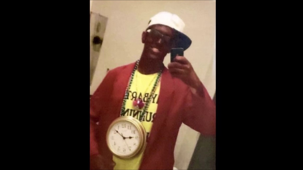 University Of Missouri Cop Fired Over Flavor Flav Blackface Photo
