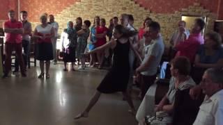 Танец дочери с поздравлением матери