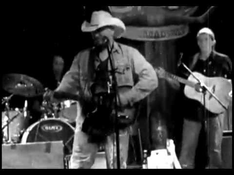 JD MYERS - LIVE IN NASHVILLE AT THE STAGE ON BROADWAY
