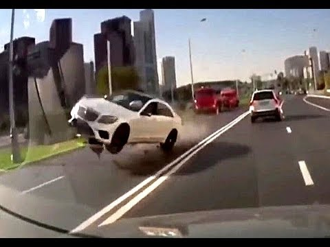 Car Crash Dashcam Compilation 2018 Russia // USA // Europe